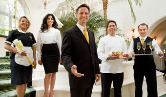 Nghề Butler Quản gia cho khách sạn nhà hàng, hộ gia đình cao cấp cũng ảnh hưởng đến tính cách của bạn?